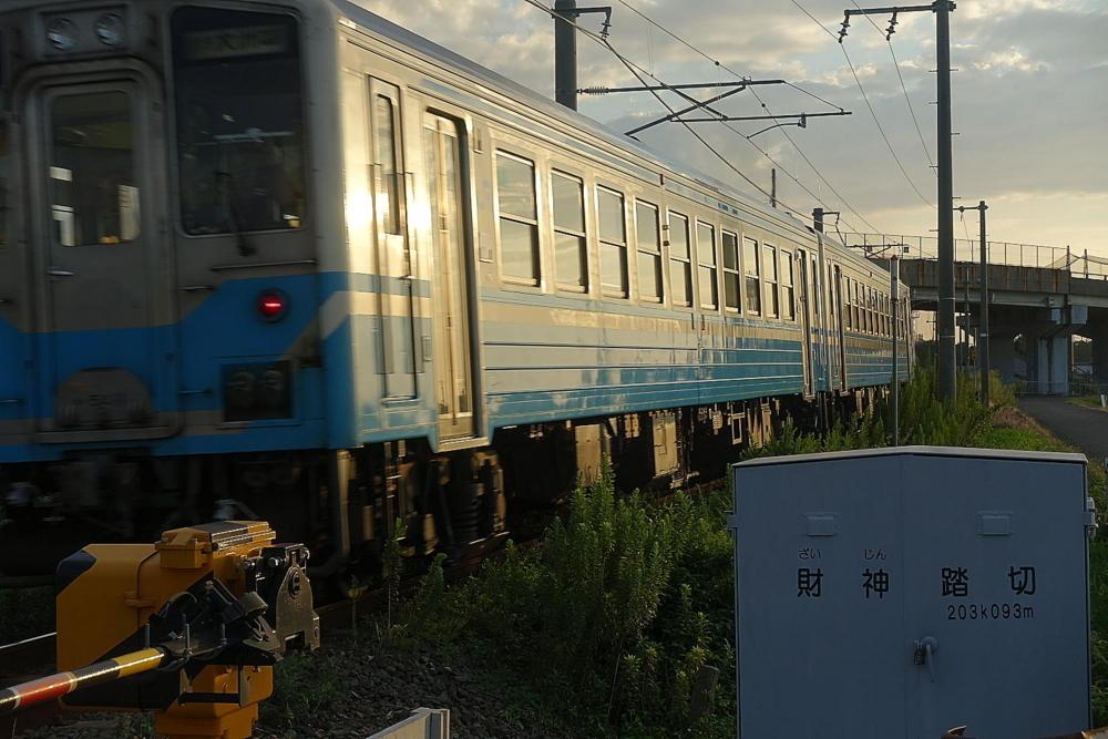 09//12(火)【愛媛県伊予市下三谷】  「予讃線」  Rx