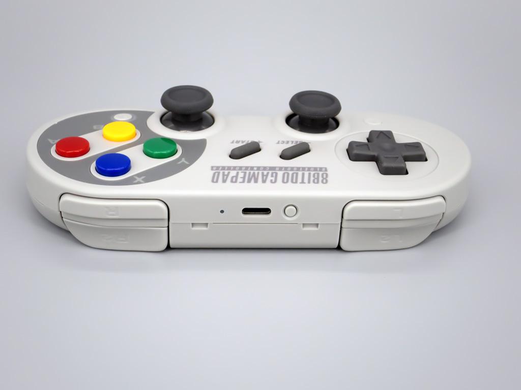 8Bitdo Bluetooth ゲームコントローラー SN30 Pro