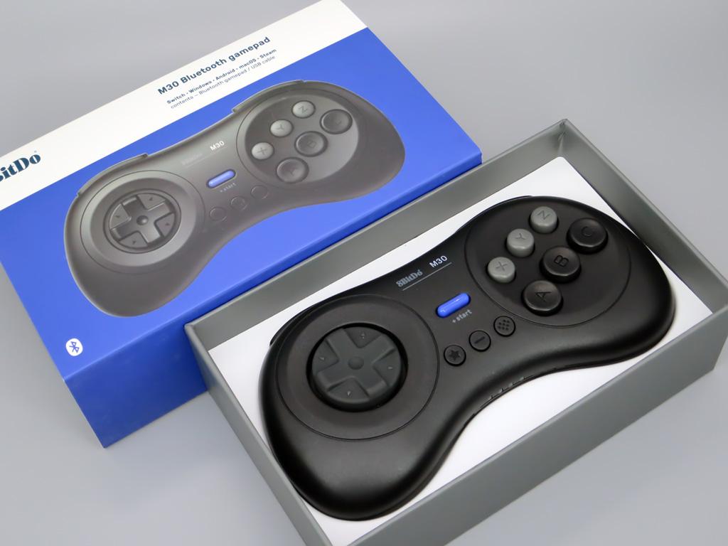 8Bitdo Bluetooth ゲームコントローラー M30