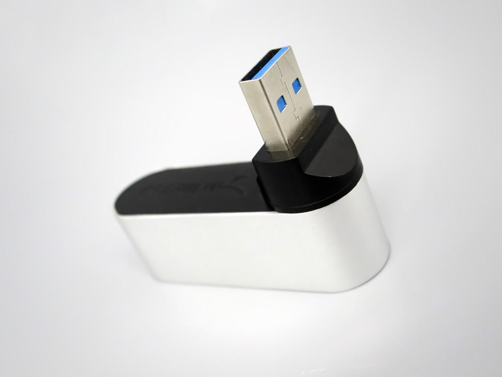Sabrent アルミニウム 直挿し回転 USB3ハブ
