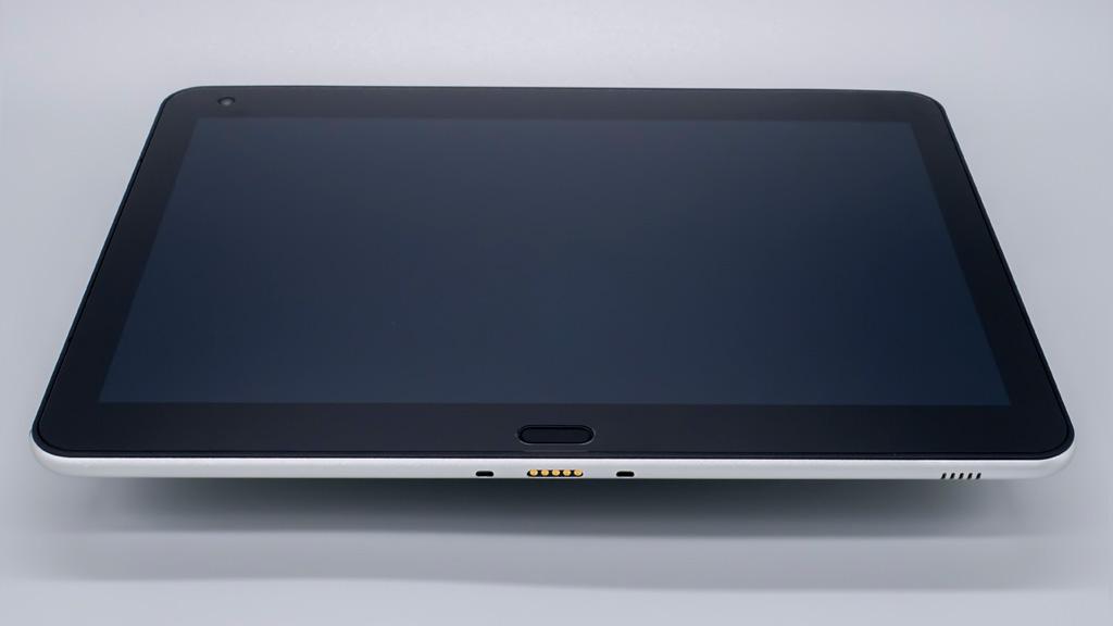 クリエイター向けWindowsタブレット「raytrektab」DG-D10IWP 本体外観