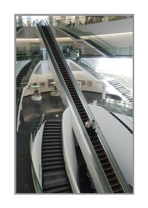 恐竜博物館のエレベーター