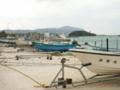 久米島・鳥島漁港からガラサー山を望む