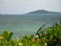 宮古島から大神島を望む