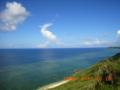 宮古島東海岸、6月の珊瑚礁の海