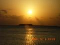 入砂島に落ちる夕日