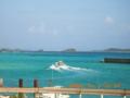 野甫港からの島風景