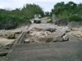 黒島・西浜近くの壊れた桟橋(2005.1.27)