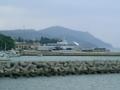 久米島・久米商船のフェリー乗り場を望む