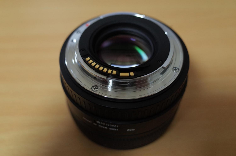 SIGMA 30mm 単焦点レンズ