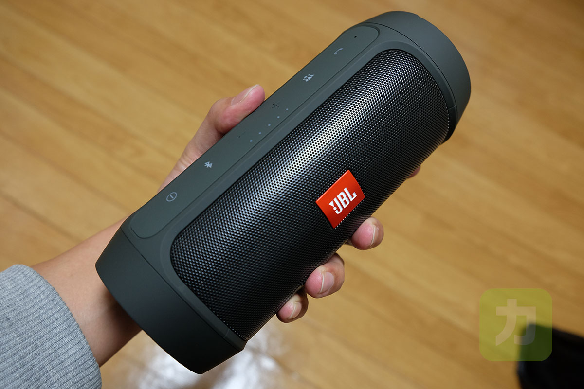 JBL CHARGE 2+片手