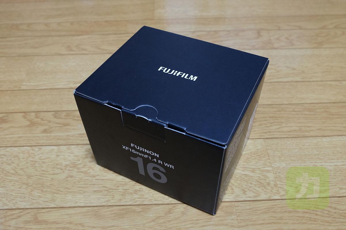 XF16mm F1.4 R WRのパッケージ