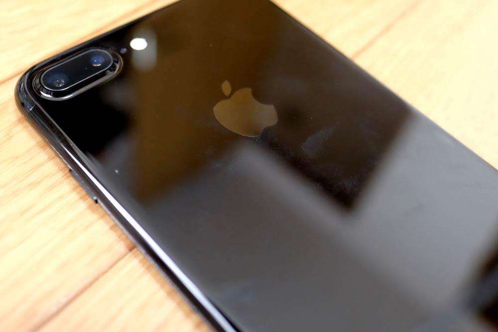 iPhone7 Plus ジェットブラックの指紋