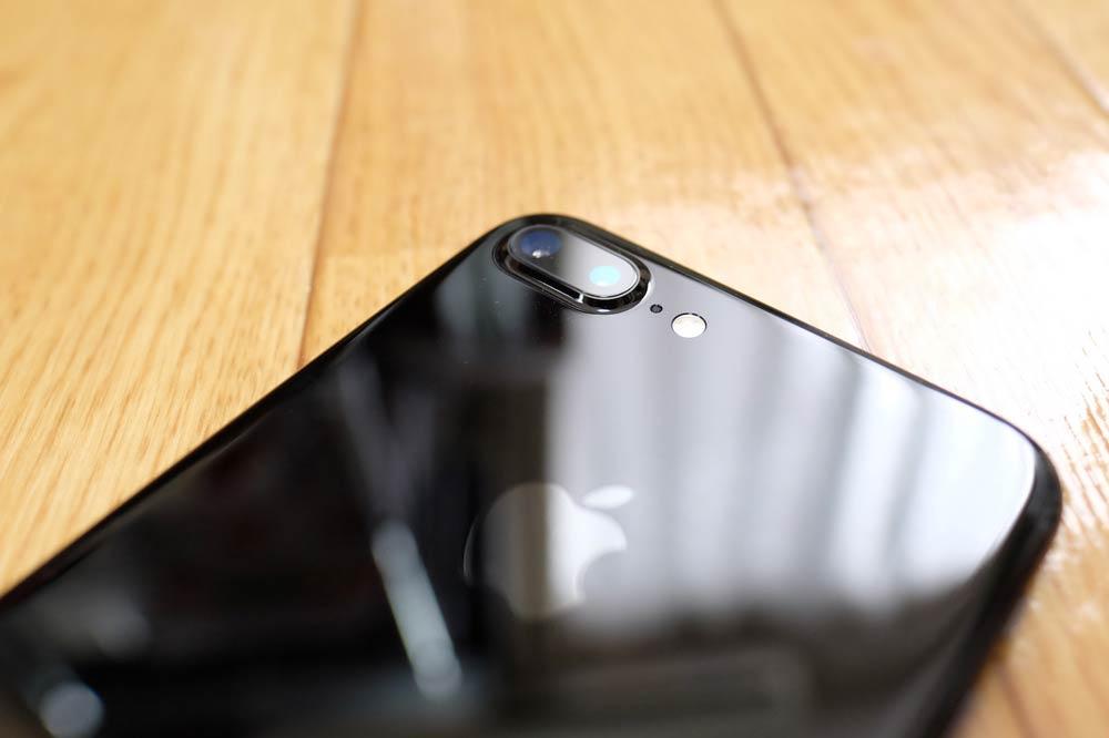 iPhone7 Plus ジェットブラック デュアルカメラレンズ