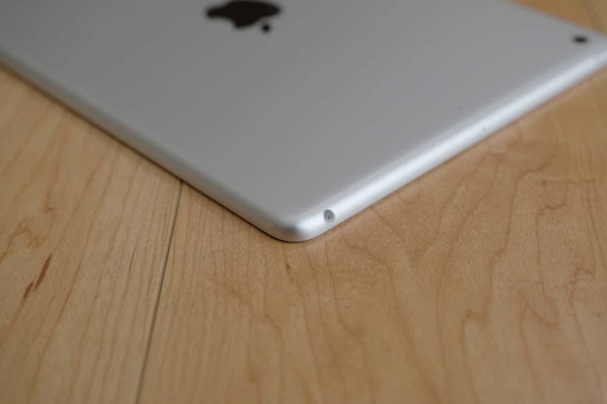 iPad(第5世代)ヘッドフォンジャック