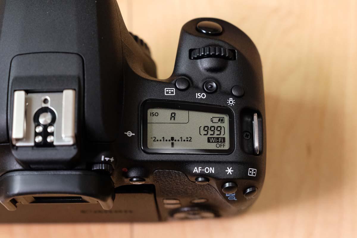 EOS 9000D 液晶パネル