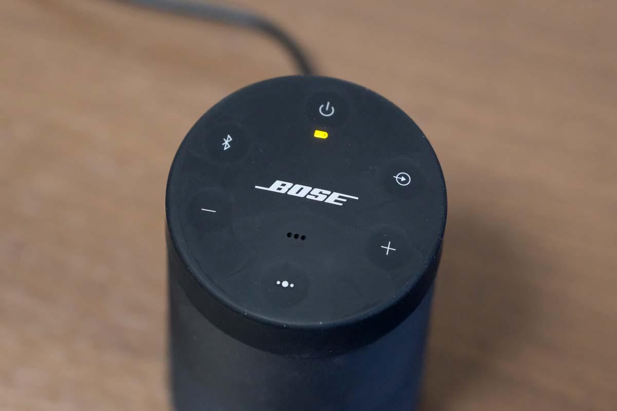 SoundLink Revolve 充電マーク