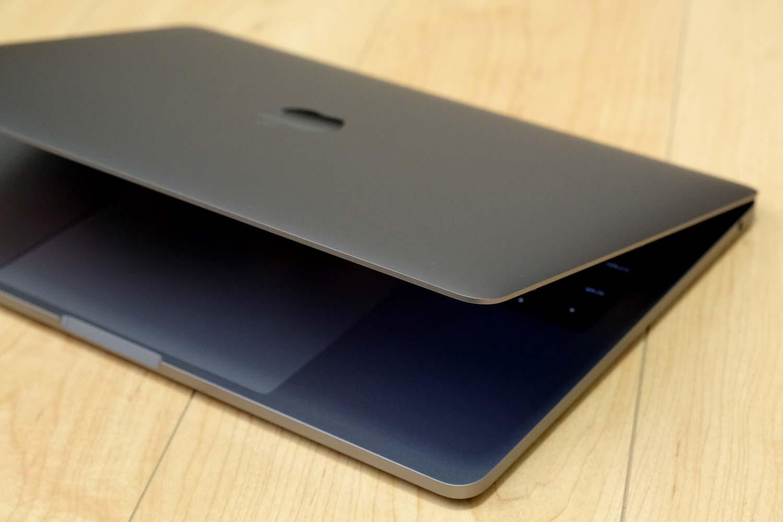 13インチMacBook Pro 2017 デザイン