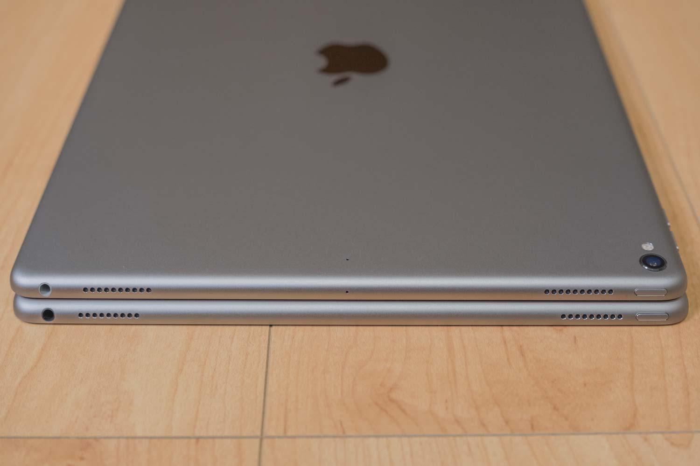 iPad Pro 12.9(第2世代)と(第1世代)スピーカーの比較