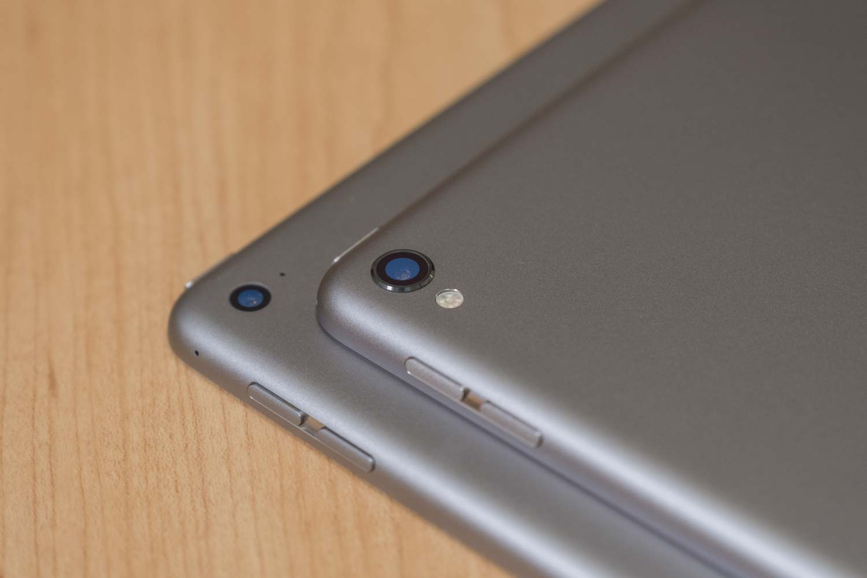 iPad Pro 12.9(第2世代)と(第1世代)カメラレンズの比較