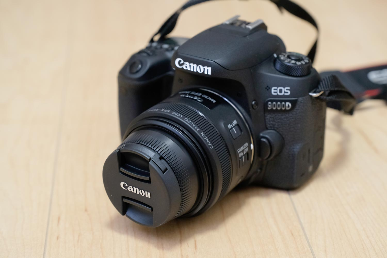 EOS 9000DとEF-S35mm F2.8 マクロ IS STM