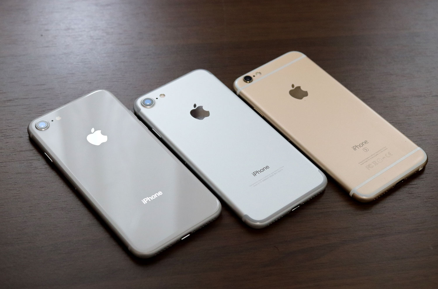 iPhone8 vs iPhone7 vs iPhone6s 電源ボタン