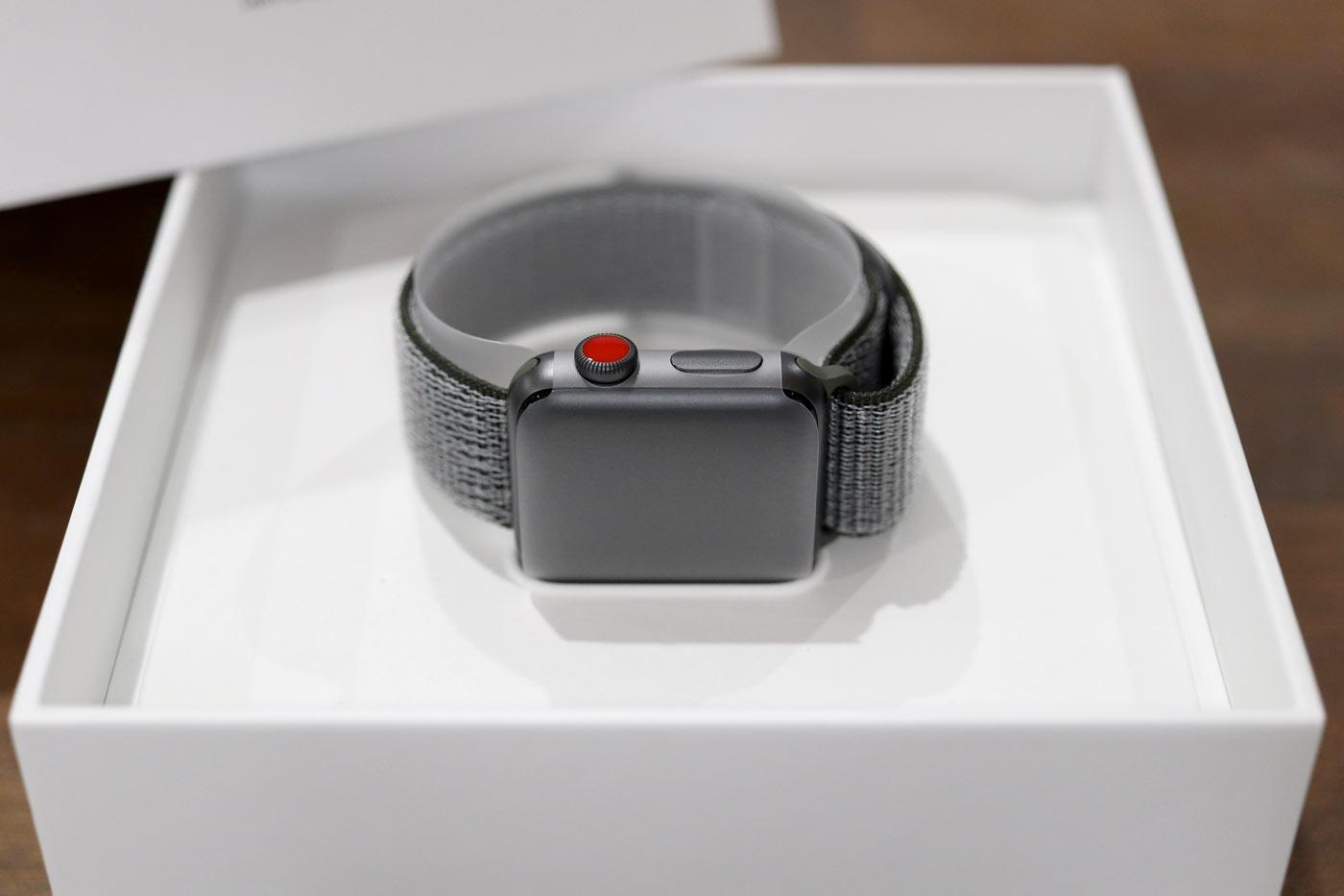 Apple Watch 3 梱包状態