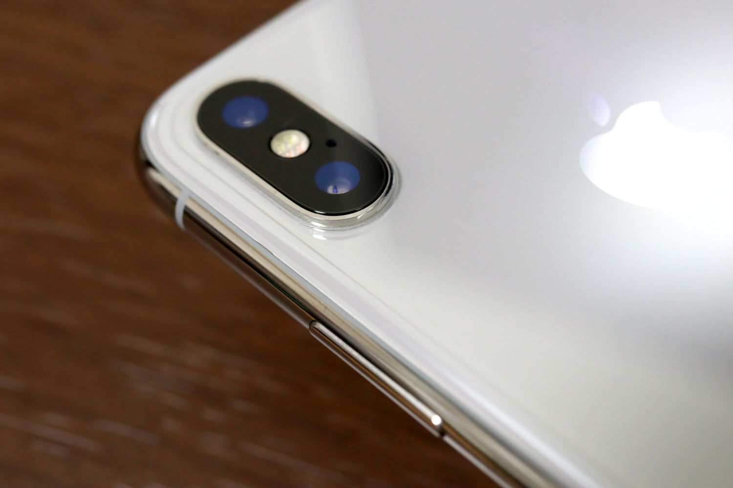 iPhone X 背面保護フィルム