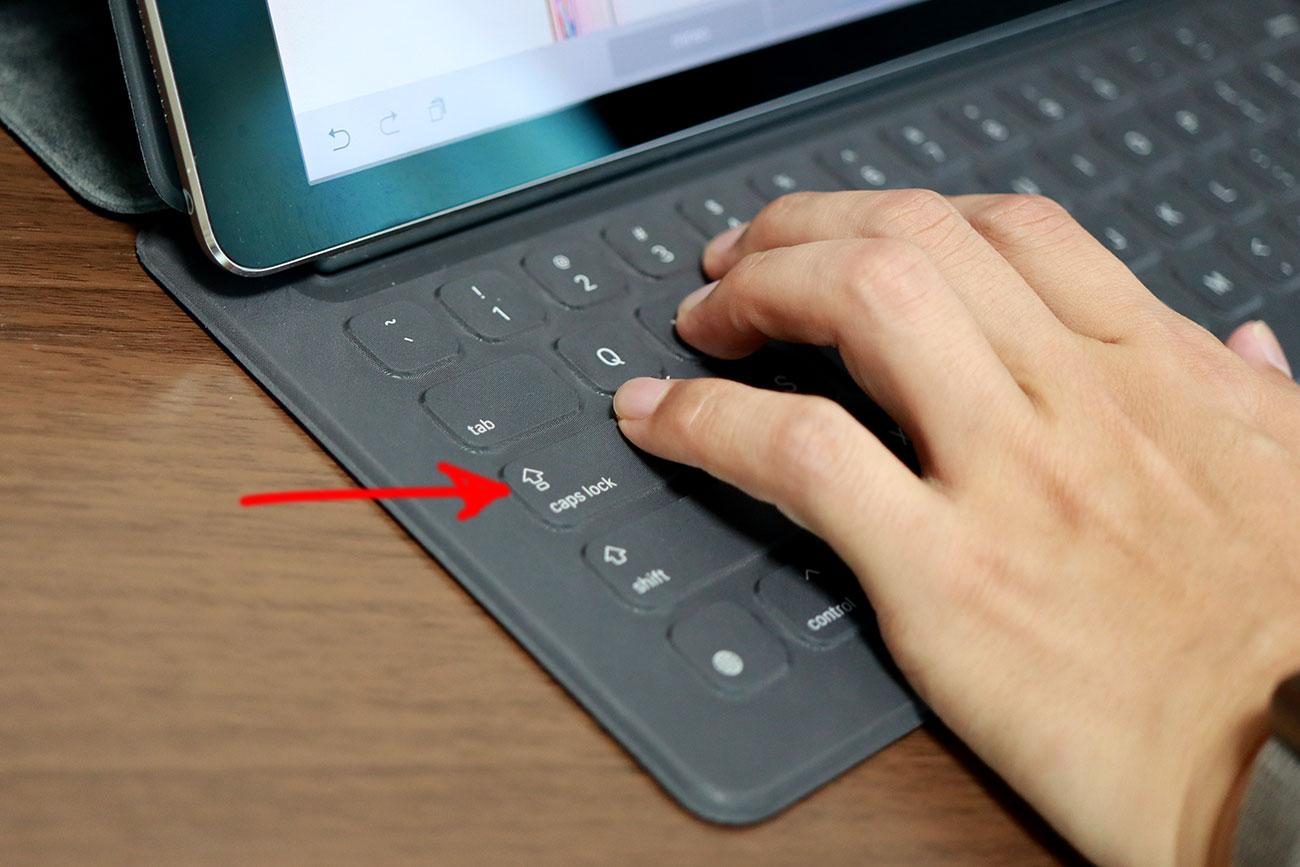 スマートキーボード Caps Lockで言語切り替え