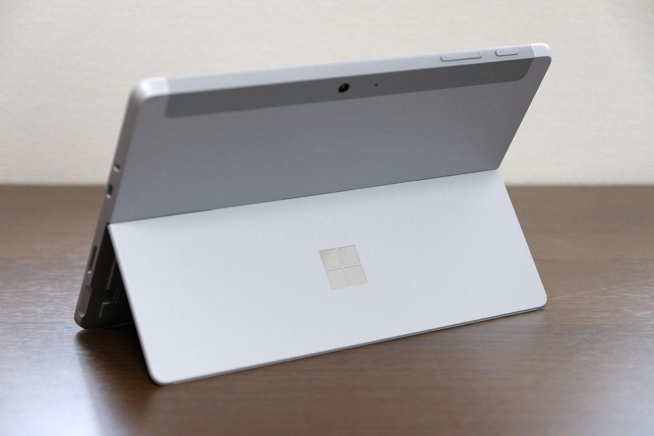 Surface Go 背面デザイン