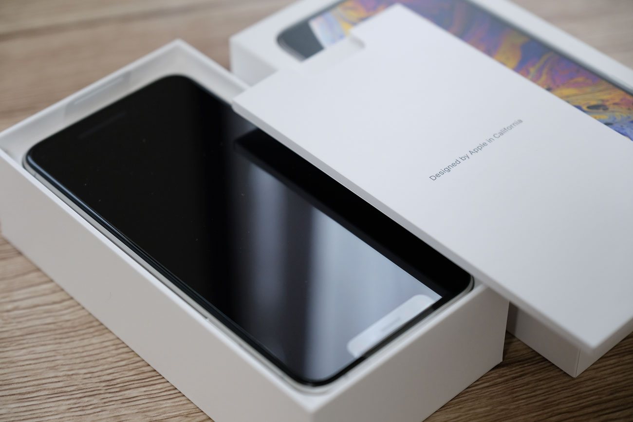 iPhone XS Max 開封
