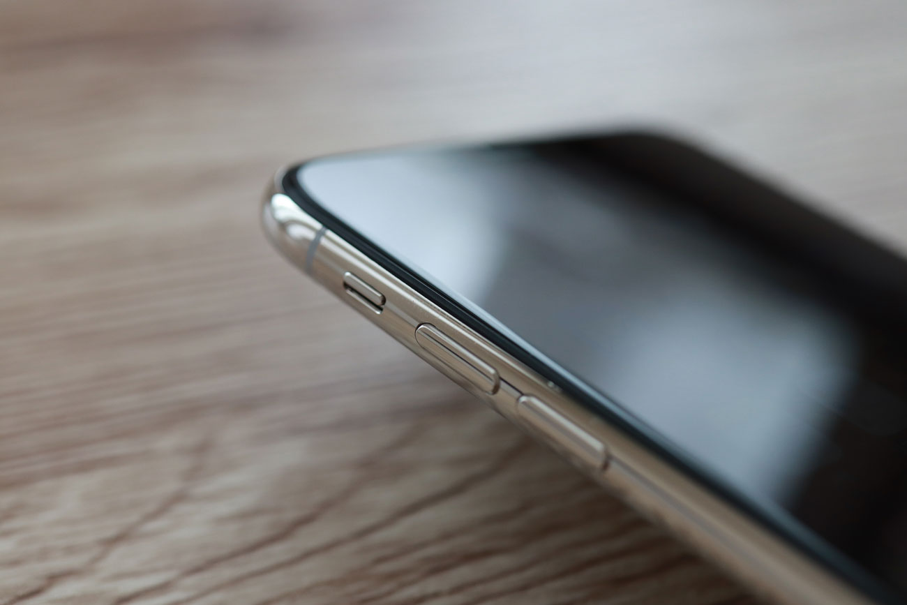 iPhone XS Max サイドフレーム