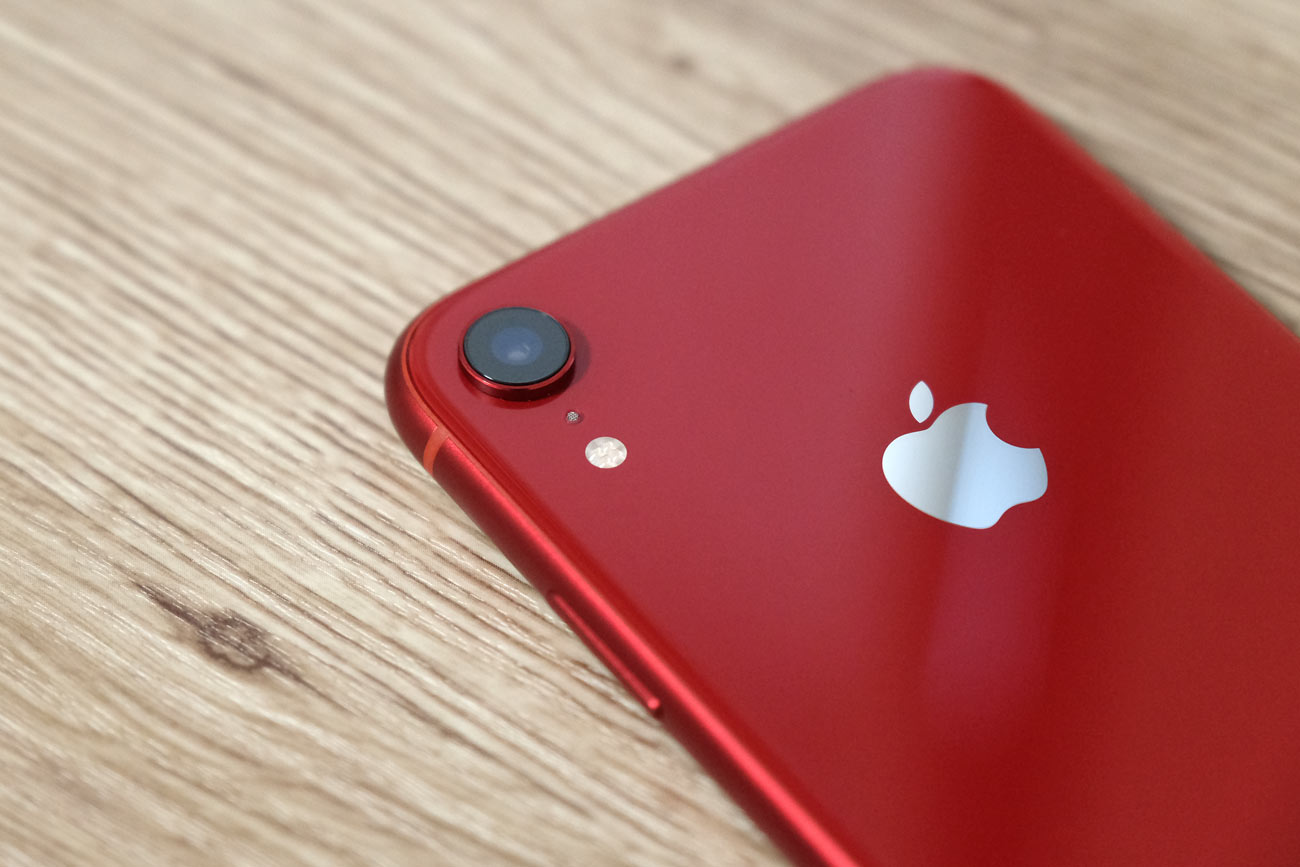 iPhone XR シングルカメラ