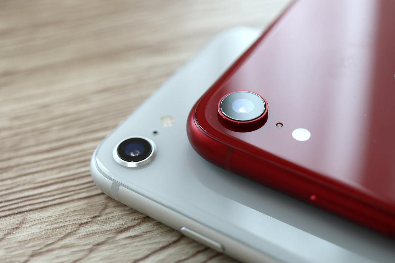 iPhone 8とiPhone XRの筐体デザイン