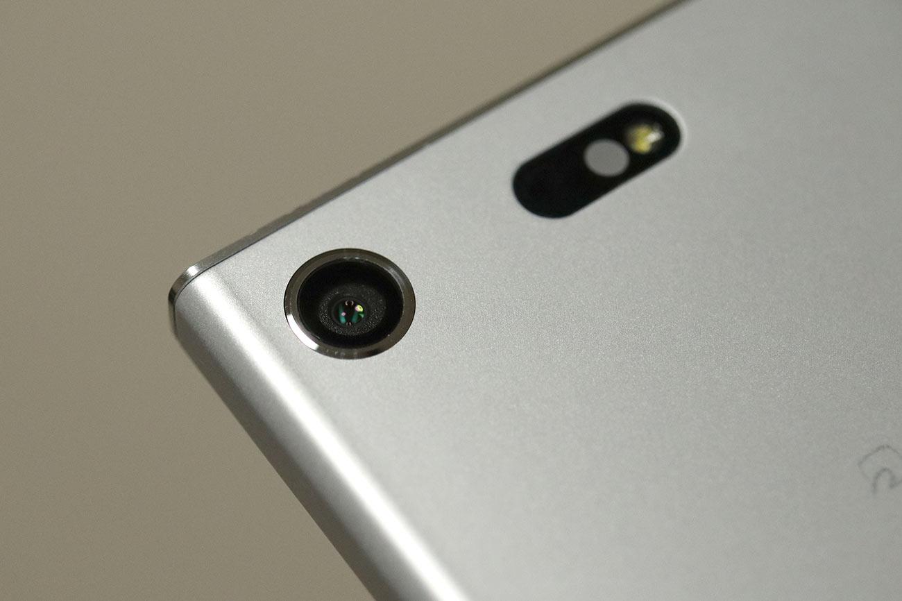 Xperia XZ1 Compact カメラのレンズ