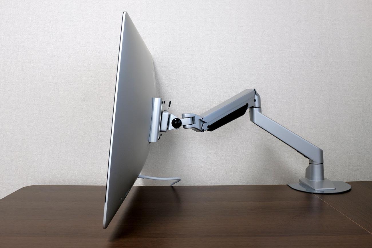 iMac 27インチをモニターアームに取り付ける