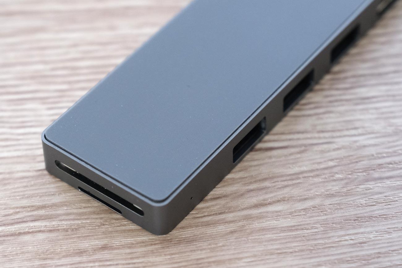 ODOMY USB Type-C ハブ 8in1 ドッキングステーション 裏側