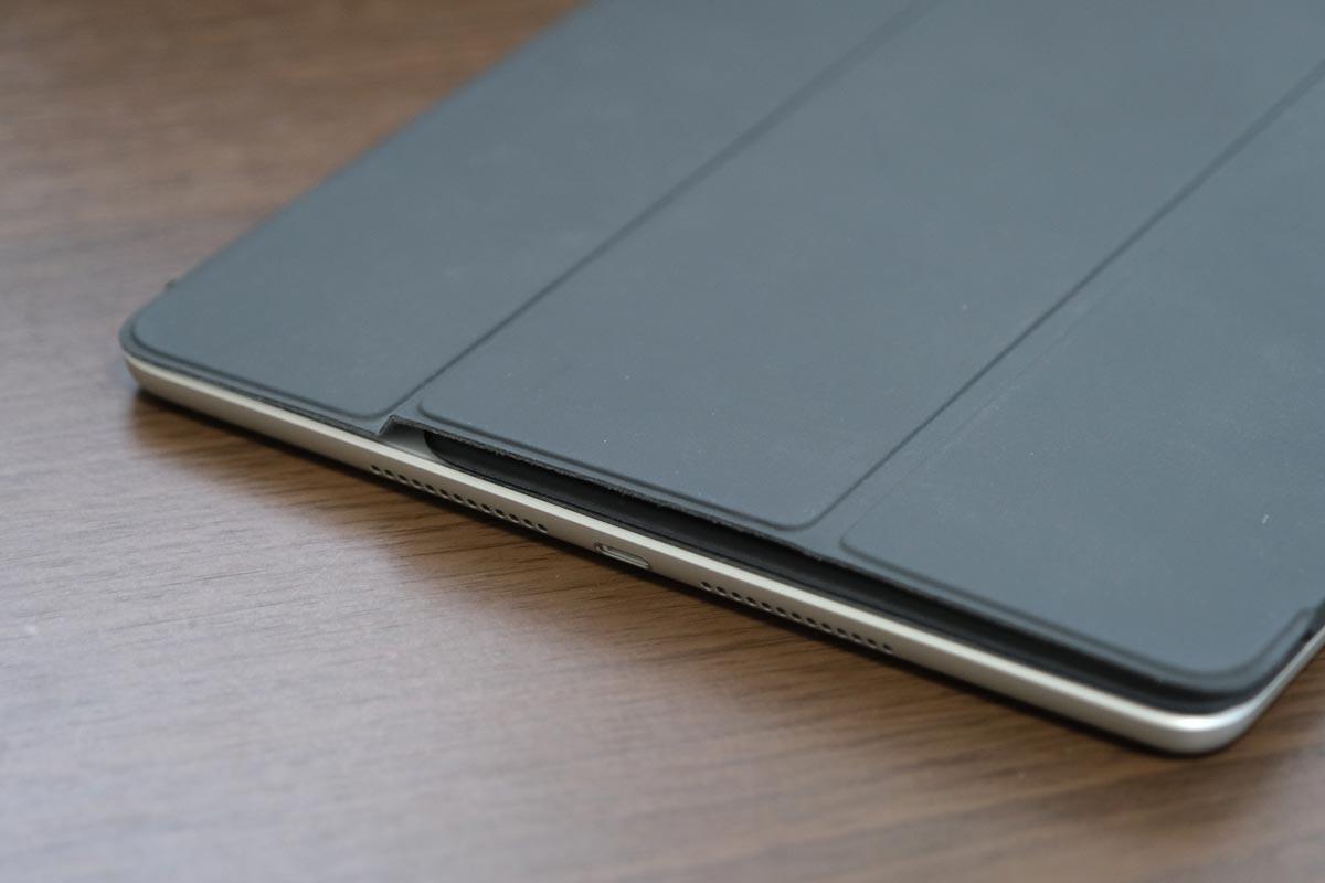 iPad 10.2インチとスマートキーぼーど