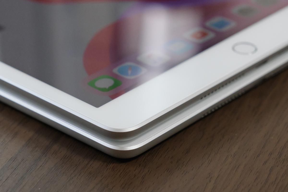iPad (第7世代)とiPad(第6世代)エッジスタイルを比較