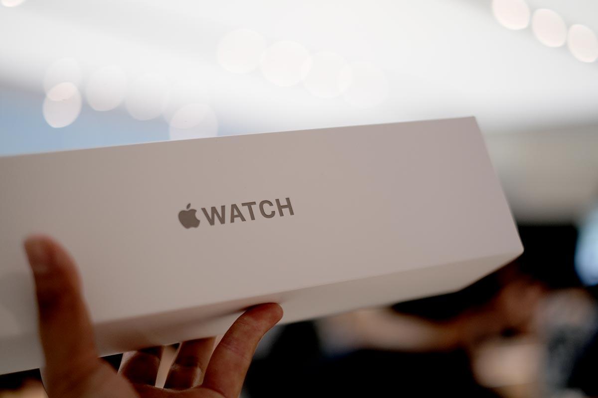 Apple Watch Edition(チタニウム)のパッケージ