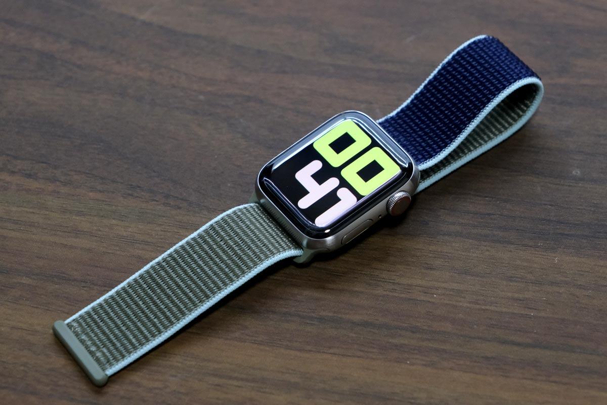 Apple Watch Edition(チタン)+スポーツループ
