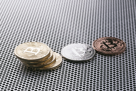 bitcoinPAKU6081_TP_V