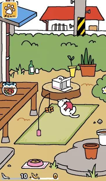 ねこあつめ 設置したグッズで遊ぶ猫の写真