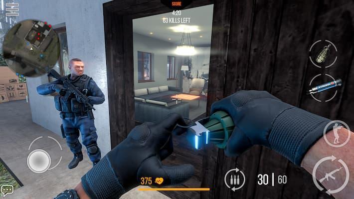 モダンストライクオンライン 手りゅう弾で敵を狙うシーンの写真