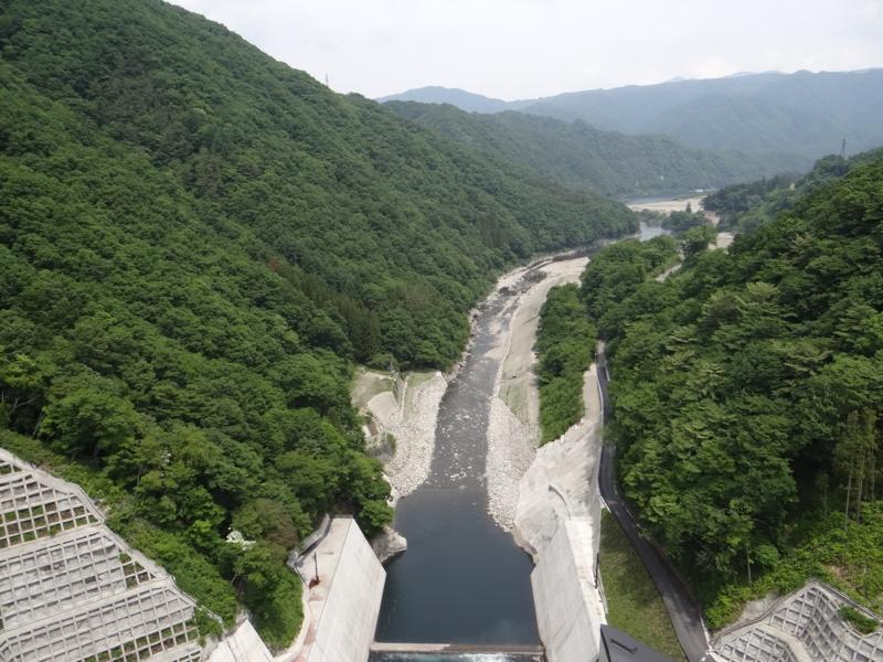 湯西川ダム(日光市)