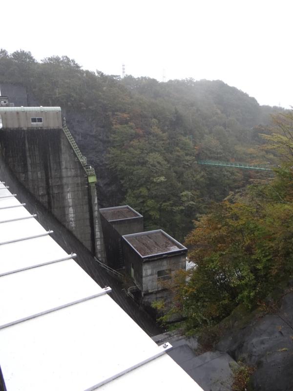 塩原ダム(那須塩原市)