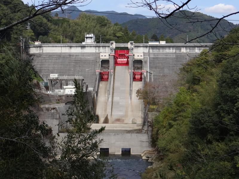 鏡ダム(高知市)