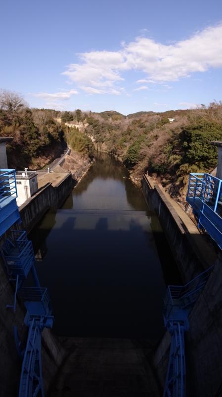 亀山ダム(君津市)