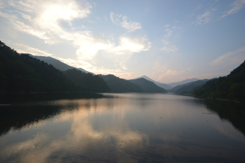 木地山ダム ダム湖(長井市)