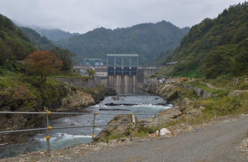 滝ダム(金山町)